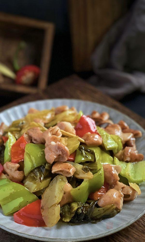 大肠炒酸菜的具体做法