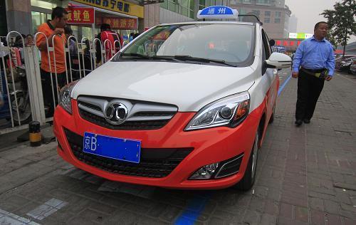 街头的出租车图片_图片_红动手机版
