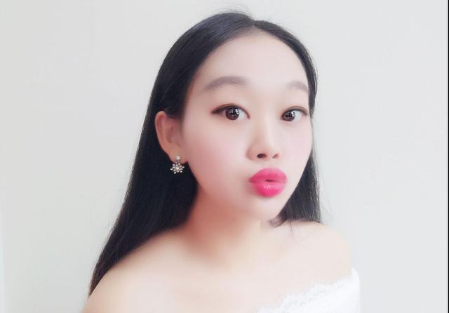 赵丽颖的亲妹妹照片曝光,颜值比姐姐还高,网友:基因太强大了