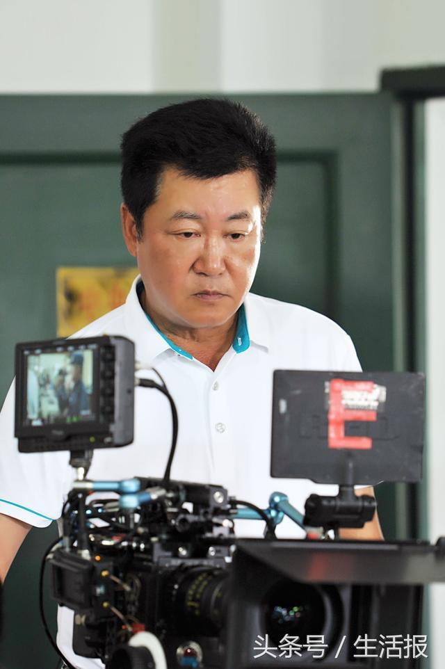 厉害了我的国,赵宝刚导演《深海利剑》片尾曲流出,《我说兄弟啊》看视频超震撼,强军梦