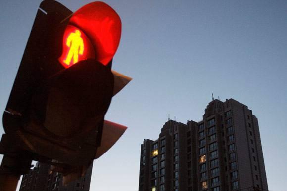 """被指""""隐瞒577亿债务""""风波未了 传李嘉诚家族抛售200亿上海地产项目"""