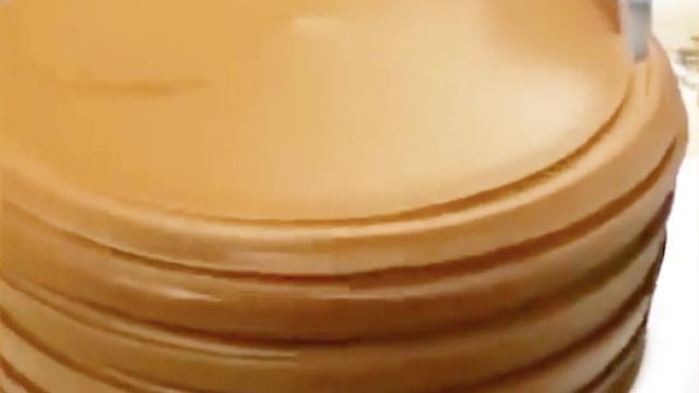 教你做高颜值的心形蛋糕,超美味学会了再也... -原PPTV聚力视频