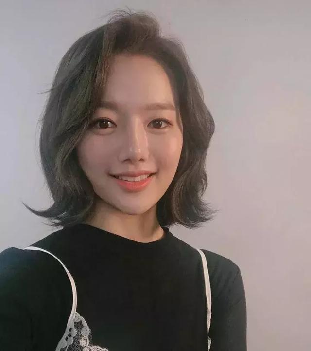 韩式微卷短发发型