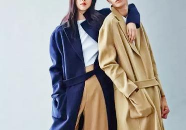 """冬季想要穿出时髦感,热门CP""""大衣+阔腿裤""""别错过,简约又好搭"""