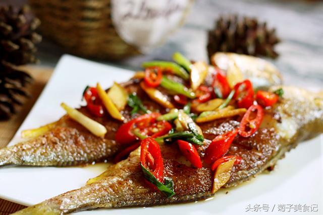 家常香煎黄鱼做法,做出外酥里嫩非常美味,在家做简单几步就搞定