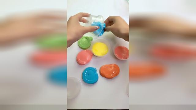 #彩虹粘土甜甜圈# 培乐多冰冻粘土彩虹甜甜圈;手工DIY美味甜...
