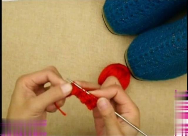 最详细的毛线拖鞋(带棉内胆)编织教程视频来了!请织... _东方头条