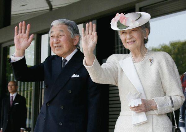 日本明仁皇后:嫁入豪门,却只是生育机器