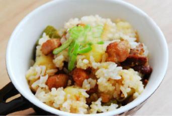 土豆焖饭的做法【步骤图】_菜谱_美食杰