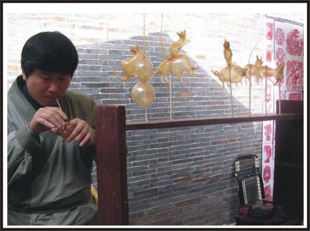 600多年历史的传统民间手艺——吹糖人
