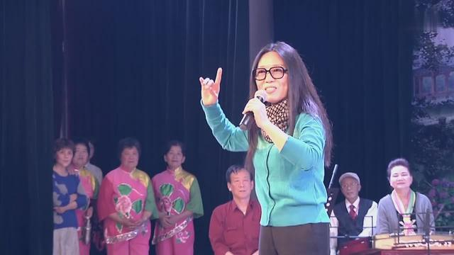 吴琼老师演唱黄梅戏《女驸马》选段,唱的太好听了,百听不厌