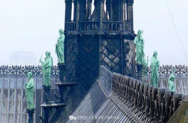 关于巴黎圣母院大火