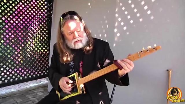 【吉他】定制4弦雪茄盒吉他【Justin Johnson】_演... _哔哩哔哩
