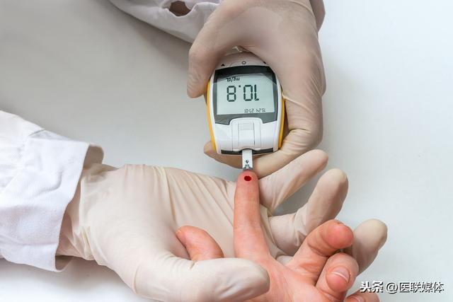 糖尿病患者吃花生会影响血糖吗?不管好坏,这2种吃法不推荐