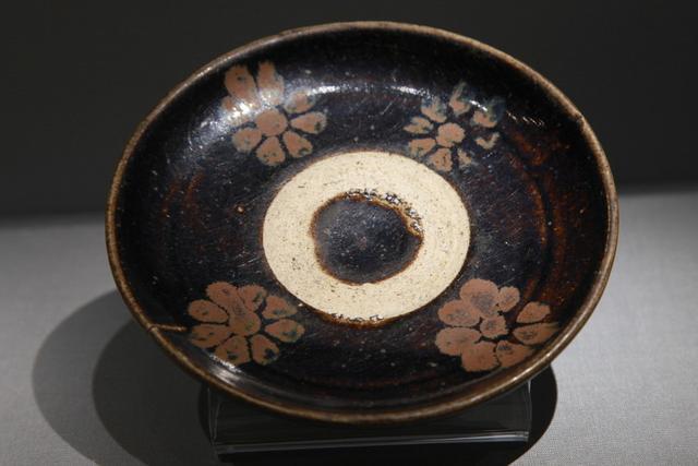 淄博瓷器图片