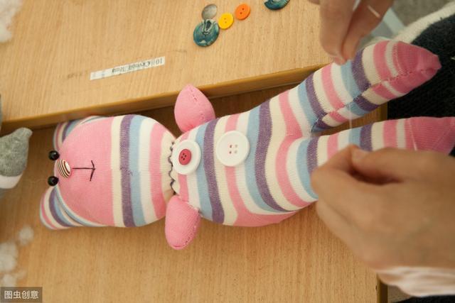 袜子娃娃制作图解