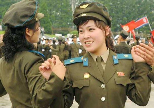 各国领导人身着军装:普京硬汉,特朗普最帅,奥巴马笑的最灿烂!