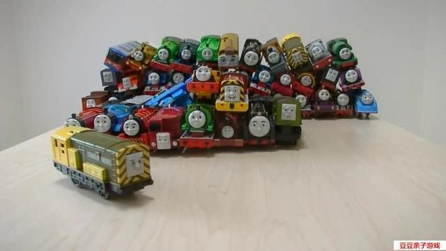集鑫托马斯小火车玩具