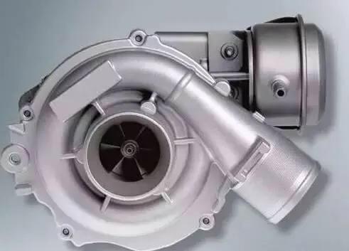六缸涡轮增压发动机
