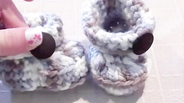 「母婴针织」秋季舒适的宝宝小靴子