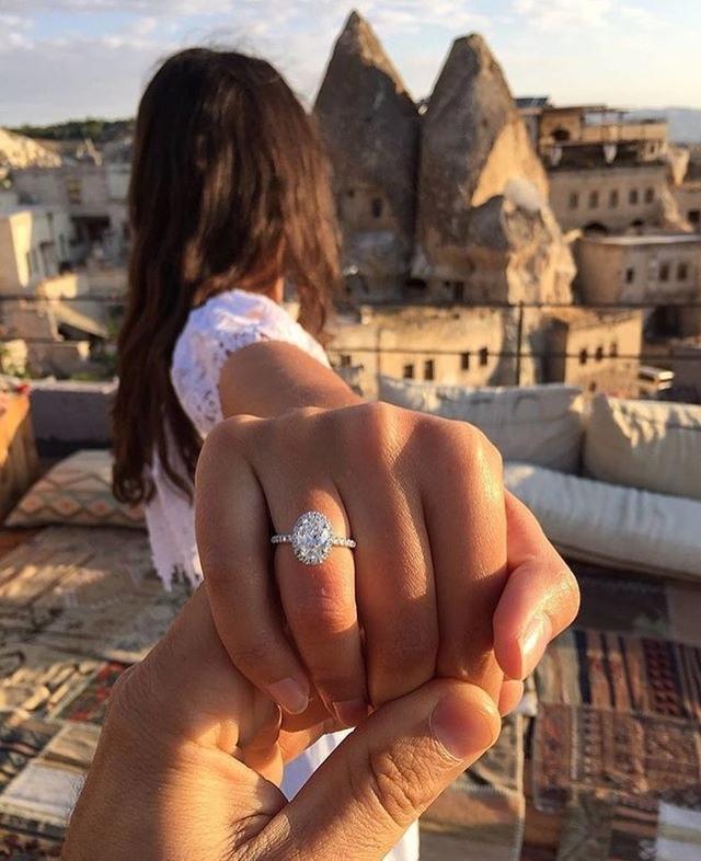 钻石戒指图片女款2020