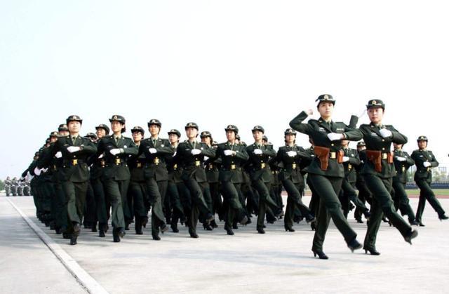 """国内这3所军校""""免学费"""",毕业包分配,能进去就赚了"""