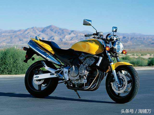 本田250摩托到货,V型双缸,动力强劲,配ABS,听听声浪如何?