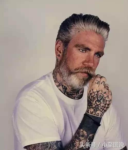身上的纹身到人老了之后会怎样,年迈的老人告诉你答案