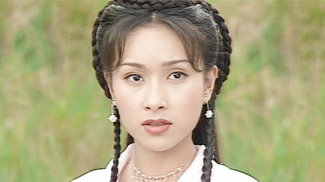 梅绛雪伤势复原,聂小凤使出绝世神功恢复她的武功