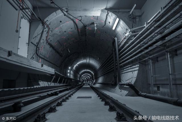 镀锌角钢电缆沟支架托架/隧道管廊电缆支架/钢角钢电缆支架定...