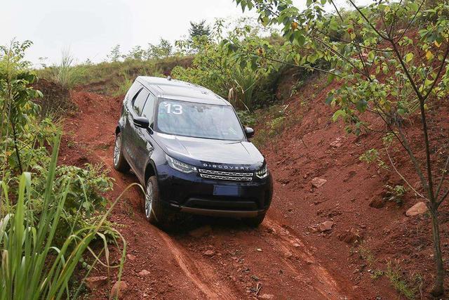 汽车上的陡坡缓降功能是怎么回事?应该怎么使用呢?