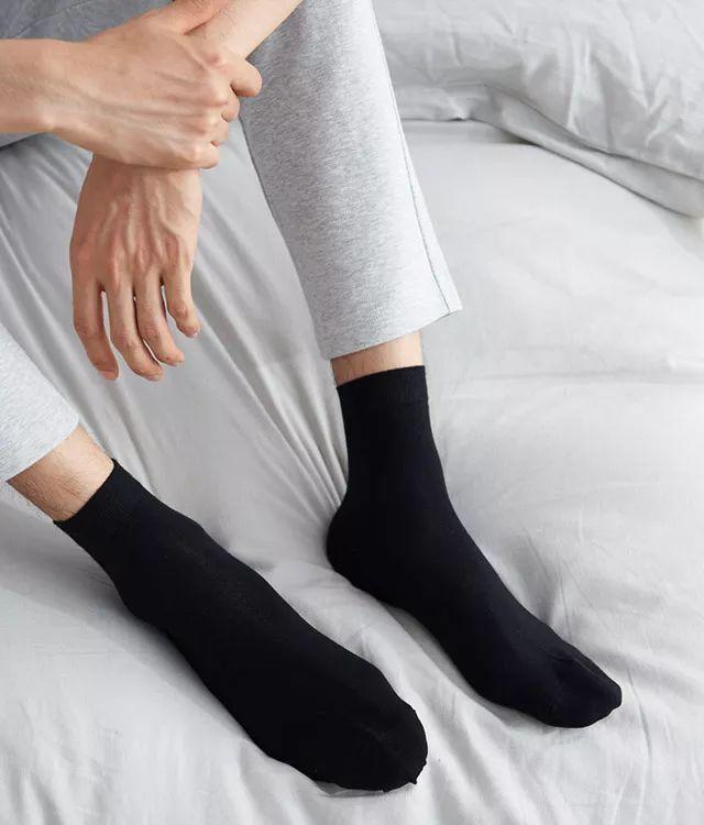 棉袜子简笔画