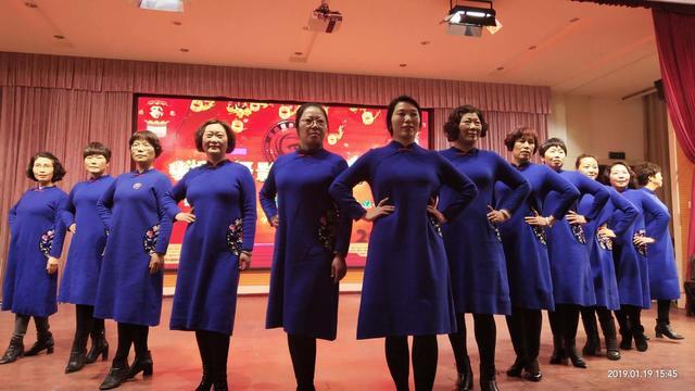 中老年模特旗袍秀零基础教学,适合大众表演一看就会