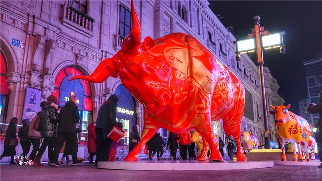 沈阳中街牛雕塑