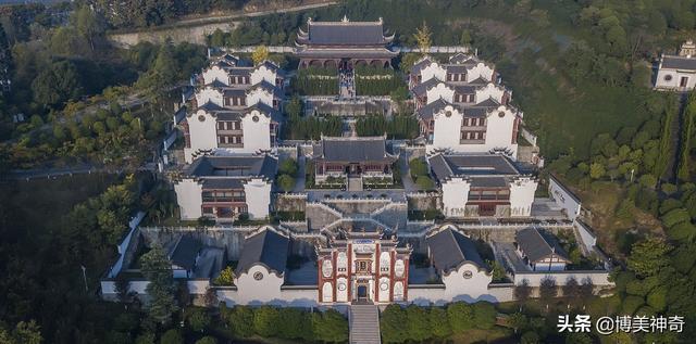 屈原,屈原,是中华民族的一滴眼泪,还是令后人仰望千万年的丰碑