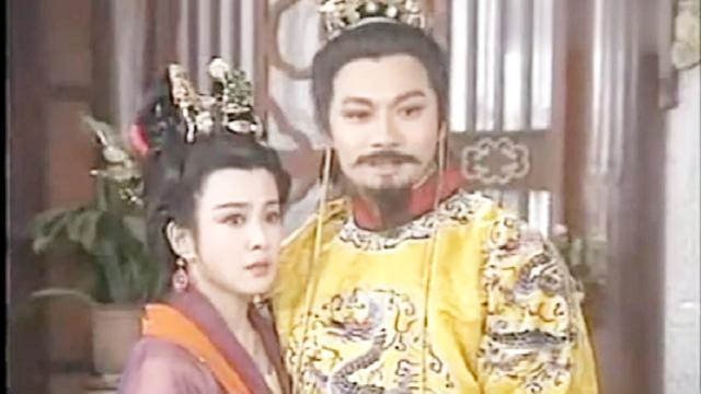 吉儿和李世民谈论武才人,年轻虽好,却始终不如年少夫妻情感真挚