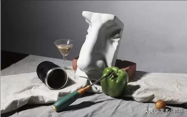 2020年山东省,第一次美术模拟联考素描静物优秀试卷 