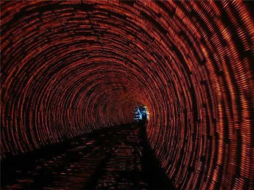 魔幻手机时空隧道图片