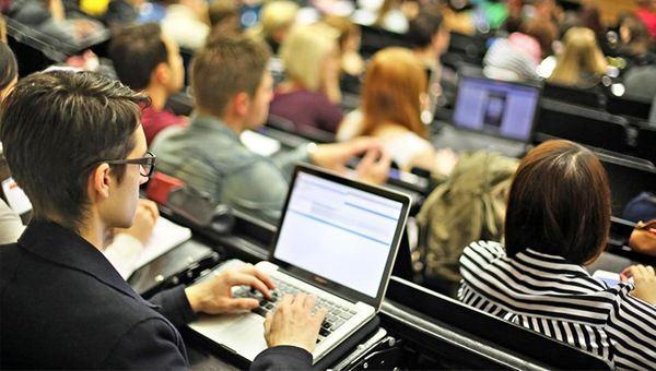 学校的电脑,推荐四款适合大学生的电脑:轻薄本强劲芯实力,张扬大学生个性