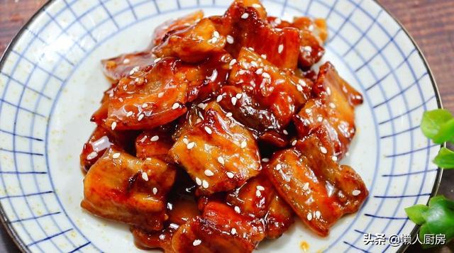 教你五花肉的新做法,吃着酥脆可口,吃着开胃不油腻