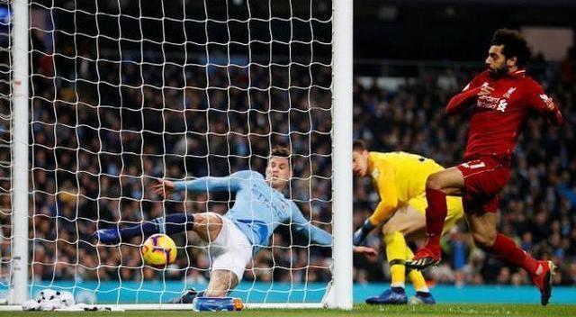 运气终于来了!这球都能进,利物浦的英超冠军真的稳了
