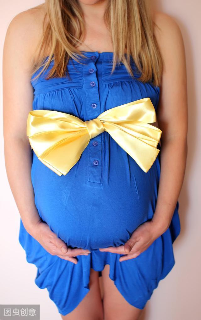 各个孕期的服装选择_知妈堂