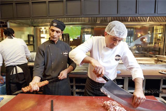 我要吃肉漫画土耳其,旋转烤肉、肉丸……在土耳其吃世界上最棒的烤肉