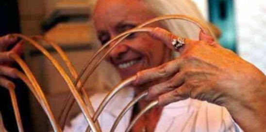 世界上指甲最长的人