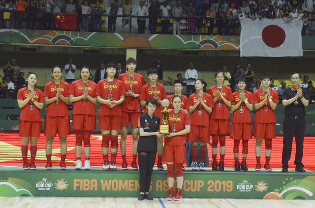 篮球——女篮亚洲杯:中国队获得亚军