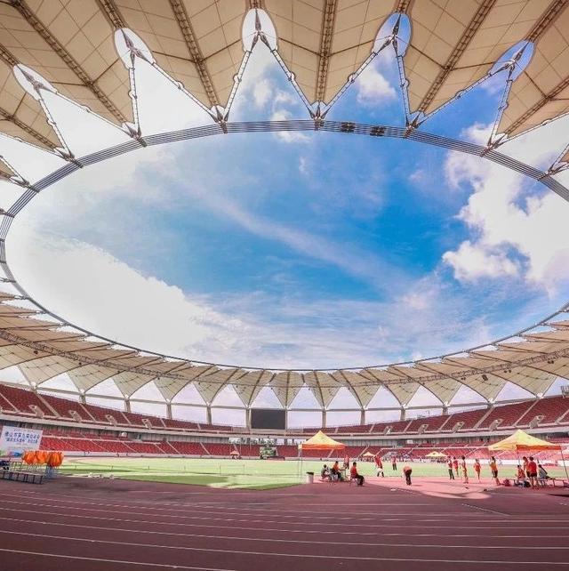 广州体育馆图片