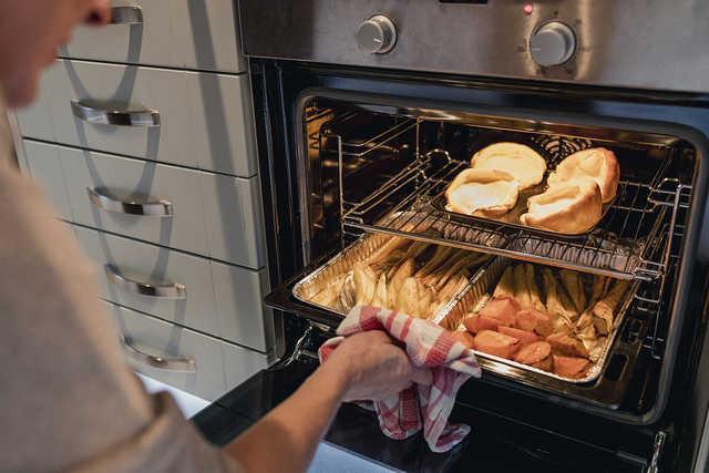 厨房烤箱放置图