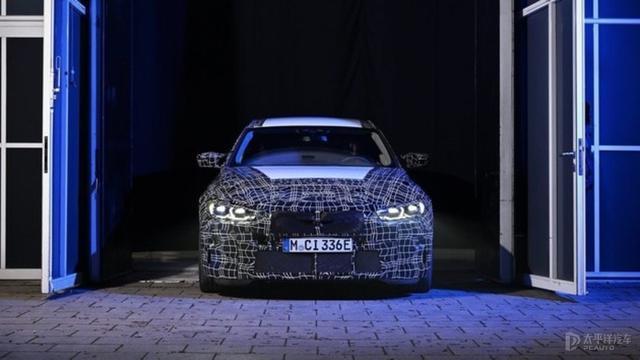 7款SUV齐发,X8都在路上了,宝马2021年誓要捍卫豪华销冠