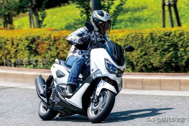 星钻摩托车踏板