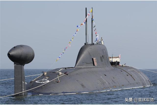 最新潜射导弹